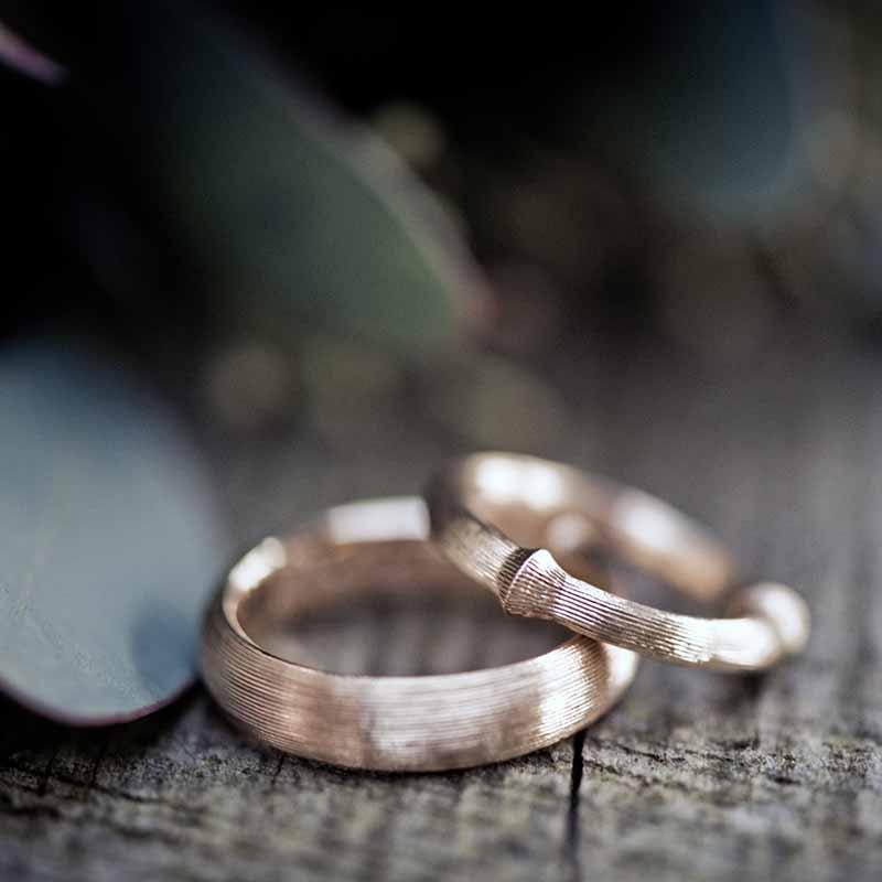En professionel bryllupsfotograf og grundige overvejelser sikrer gode bryllupsbilleder