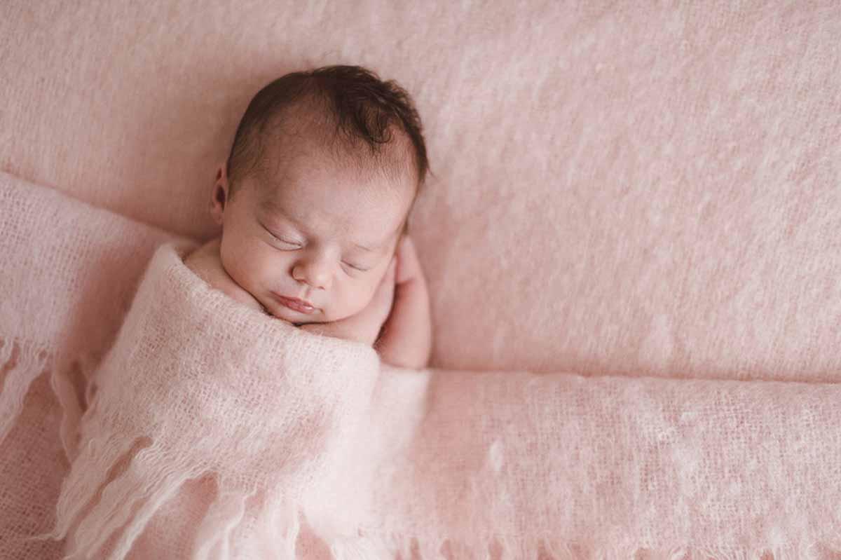 Babyfotografering og tips til portrætter af nyfødte