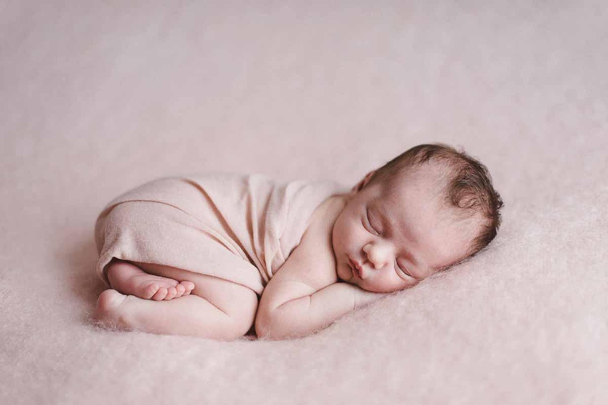 Tænker du et øjeblik, at en babyfotografering er lidt uoverskuelig og stressende,