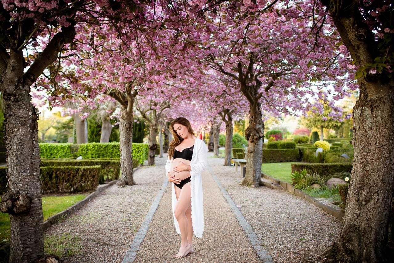 gravid billeder udendørs